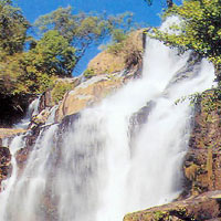 Водопад Мае Кланг
