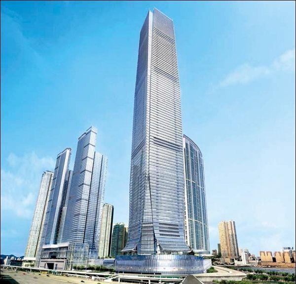 самый высокий отель в Гонконге